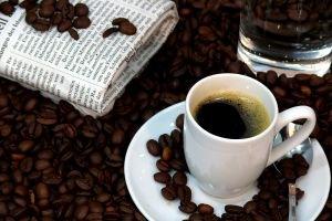 Пьяные туристы, арабы и чашечка кофе