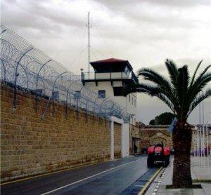 Бог отваряет врата тюрьмы