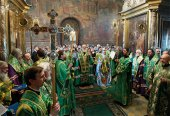 В канун дня памяти преподобного Сергия Радонежского, Святейший Патриарх Кирилл совершил всенощное бдение в Троице-Сергиевой лавре
