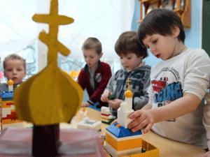 В 650 детских садах Подмосковья введут добровольный курс православия