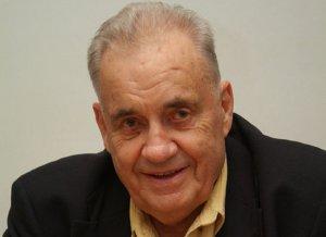 В день прощания с Рязановым в Москве бесплатно покажут его фильмы